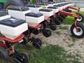 2003 White 8722 Planter