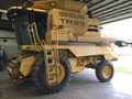 2001 New Holland TR99 Combine
