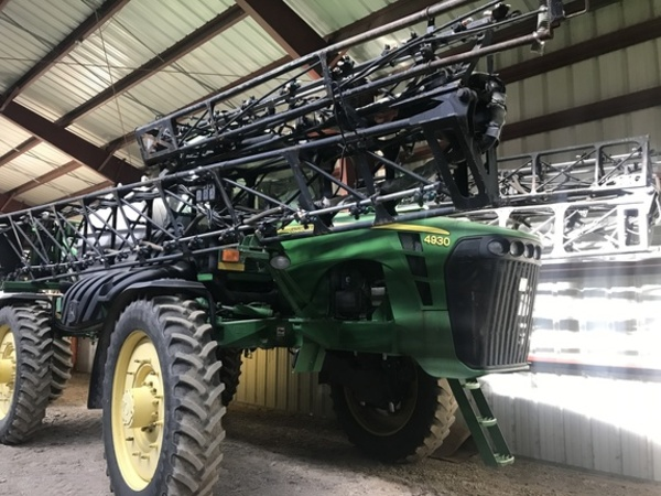 2007 John Deere 4930 Self-Propelled Sprayer