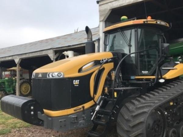 2014 Challenger MT855C Tractor