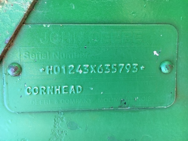 1990 John Deere 1243 Corn Head