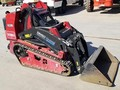 2017 Toro DINGO TX1000W Loader and Skid Steer Attachment