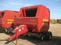 2000 New Holland 688 Round Baler