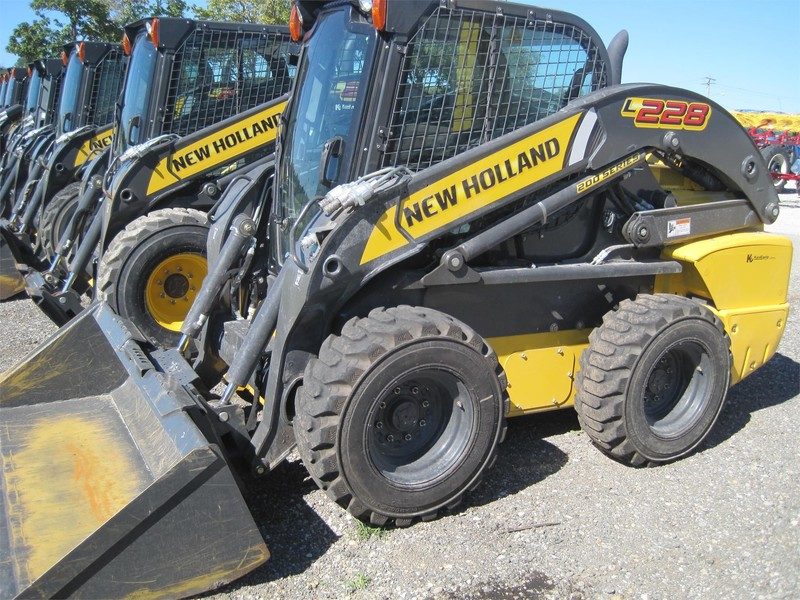 New Holland Skid Steer Ran Out Of Fuel