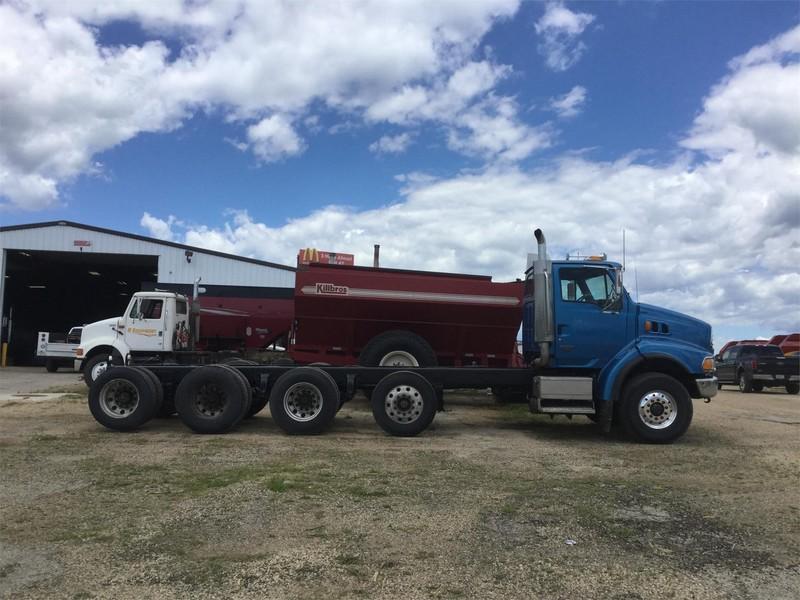 2006 Sterling LT9513 Semi Truck