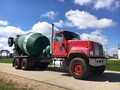 2002 International PAYSTAR 5500 Grain Truck