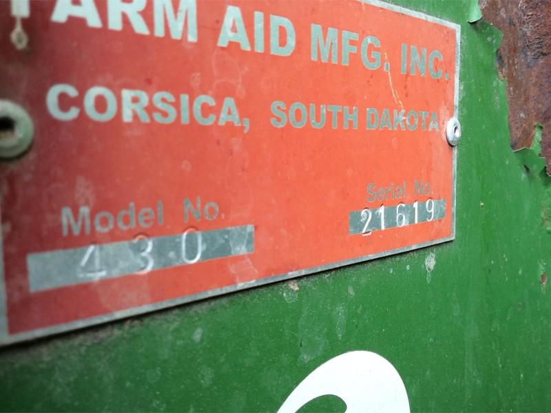 2009 Farm Aid 430 Feed Wagon