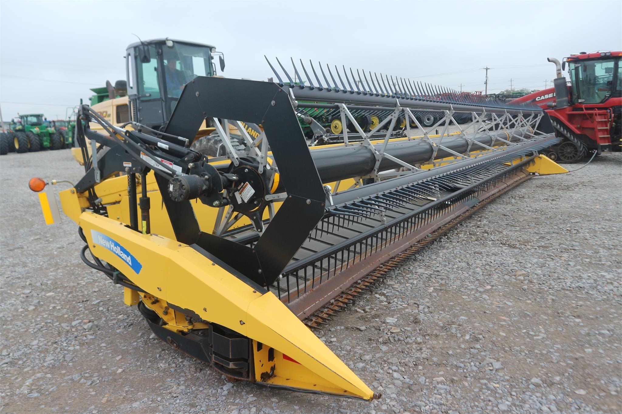 2011 New Holland 88C Platform