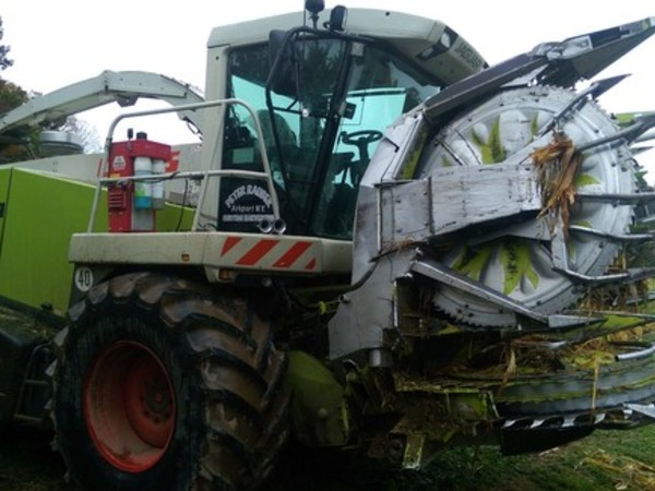 2010 Claas Jaguar 900 Self-Propelled Forage Harvester