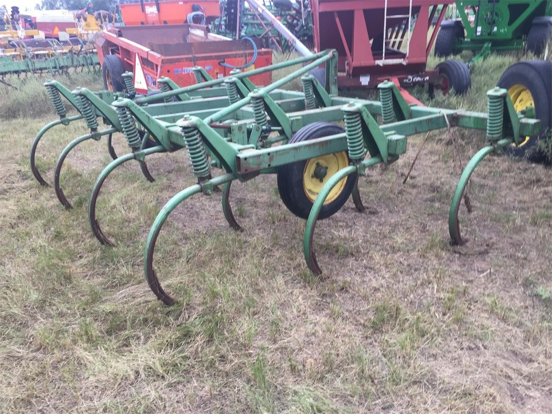 Used Chisel Plows for Sale | Machinery Pete