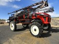 2012 Apache AS1220 Self-Propelled Sprayer