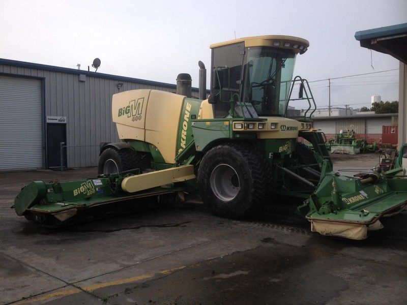 2009 Krone Big M 400CRI Self-Propelled Windrowers and Swather