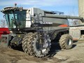 2009 Gleaner A86 Combine