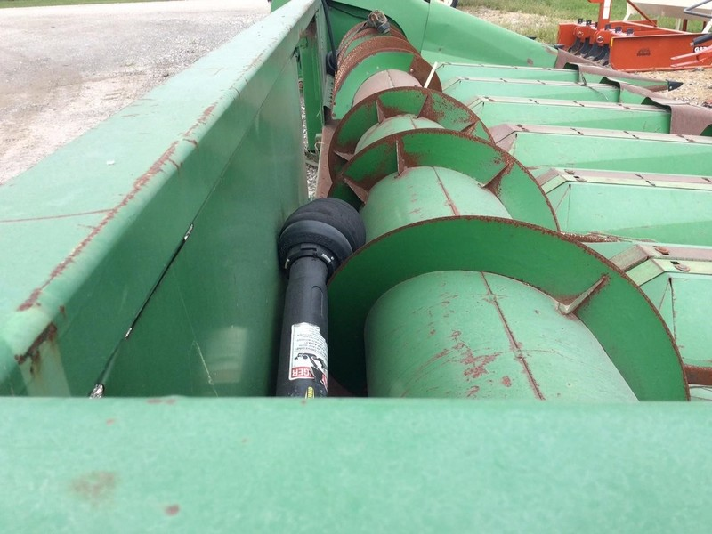 1990 John Deere 853A Corn Head