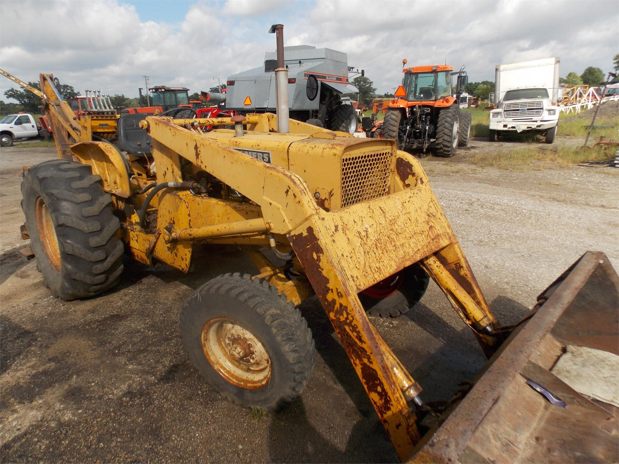 Allis Chalmers I600 Tractor