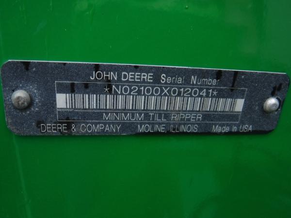 2010 John Deere 2100 In-Line Ripper