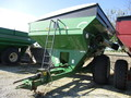 1998 Brent 774 Grain Cart