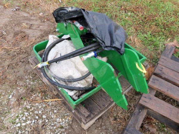 2012 John Deere Hood Guard Loader and Skid Steer Attachment