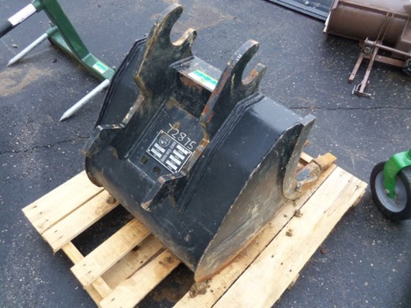 2013 Attachment Technologies 24 Backhoe and Excavator Attachment