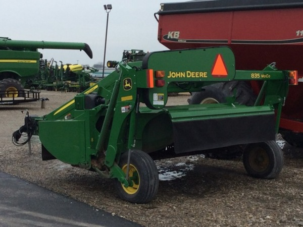 2015 John Deere 835 Mower Conditioner