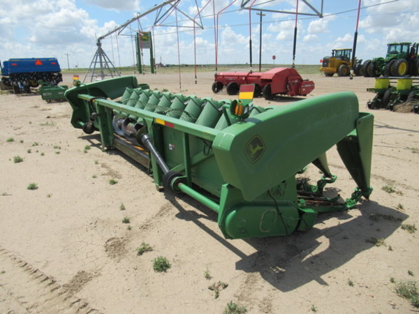2002 John Deere 1290 Corn Head