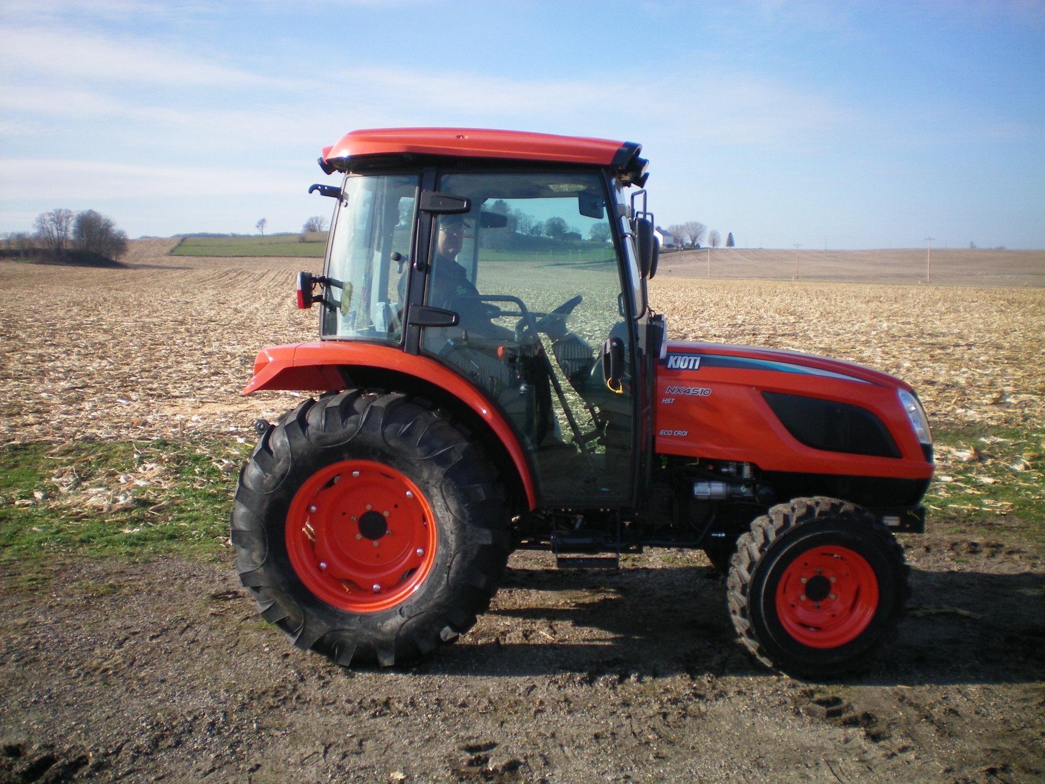 Kioti NX4510CH Tractor