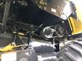 2011 New Holland CR9040 Combine