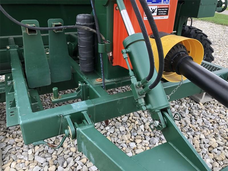 2014 Richiger R950 Grain Bin