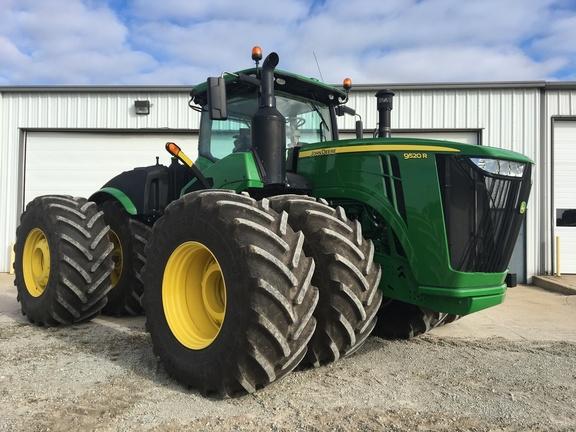 2017 John Deere 9520R Tractor