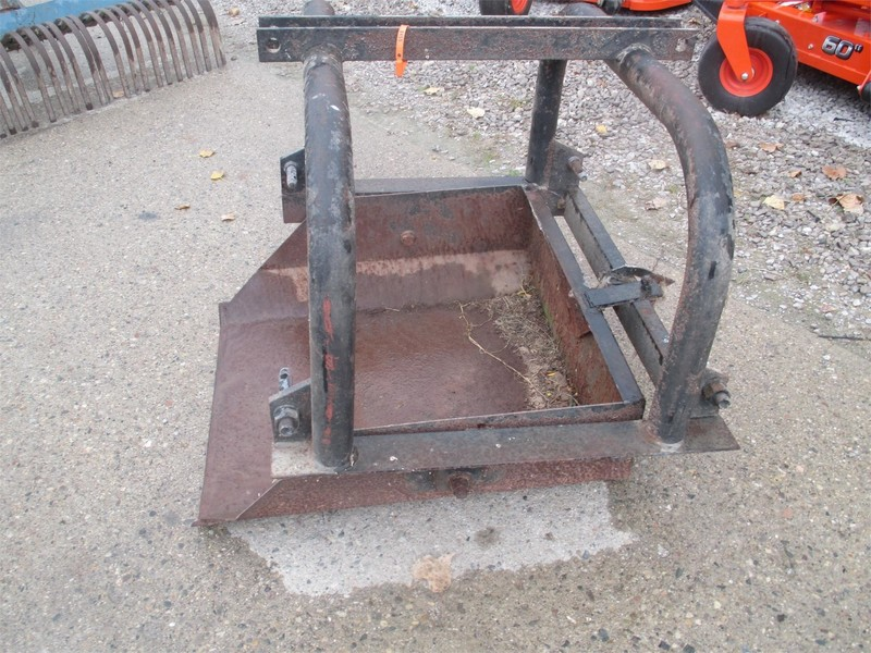 IMCO 30 Loader and Skid Steer Attachment