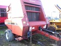 1994 Hesston 565A Round Baler