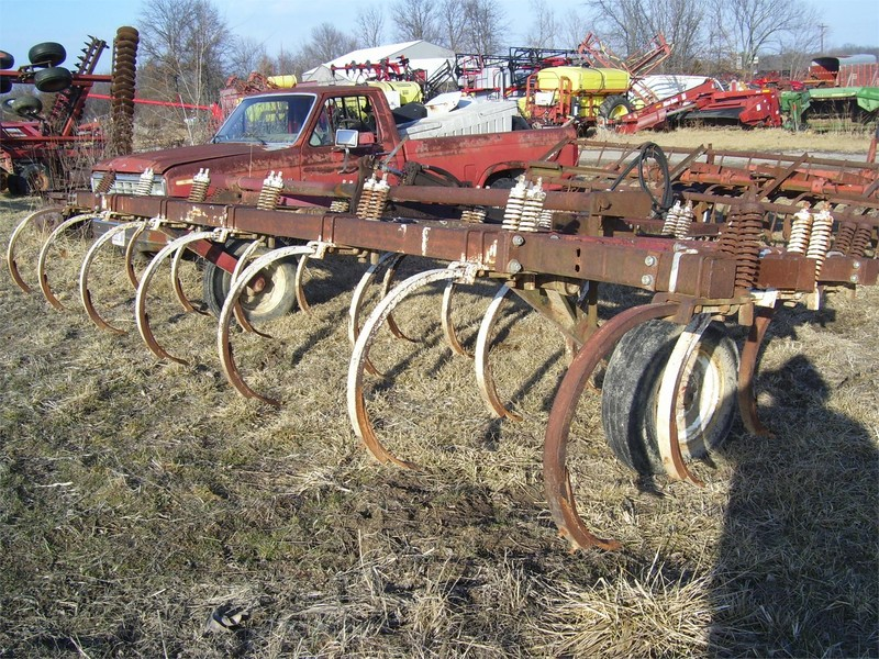 International Harvester 55 Chisel Plow