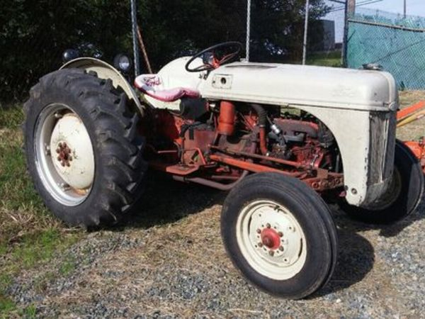 Used Ford 8N Tractors for Sale | Machinery Pete