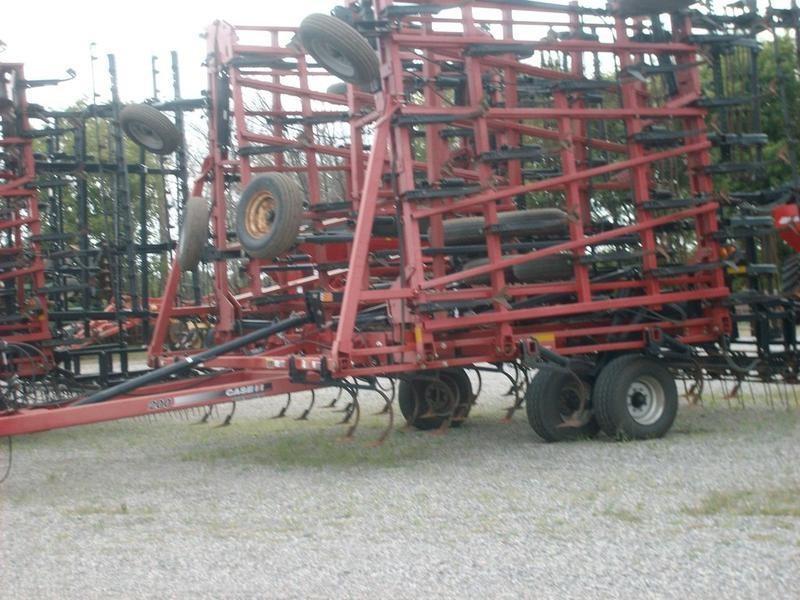 2011 Case IH Tigermate 200 Field Cultivator