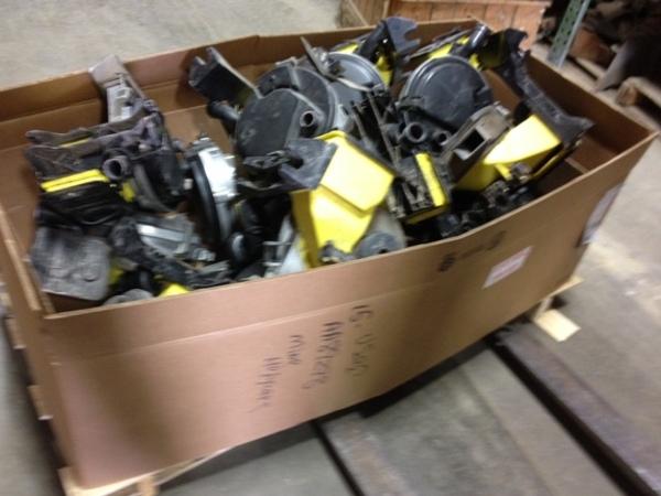 John Deere CCS MINI VAC HOPPER/METER Planter and Drill Attachment