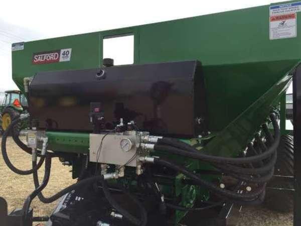 2018 BBI 22' Endurance Pull-Type Fertilizer Spreader