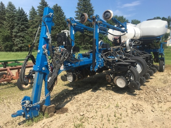 Used Kinze 4900 Planters For Sale Machinery Pete