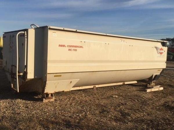 2010 Kuhn Knight RC170 Grinders and Mixer