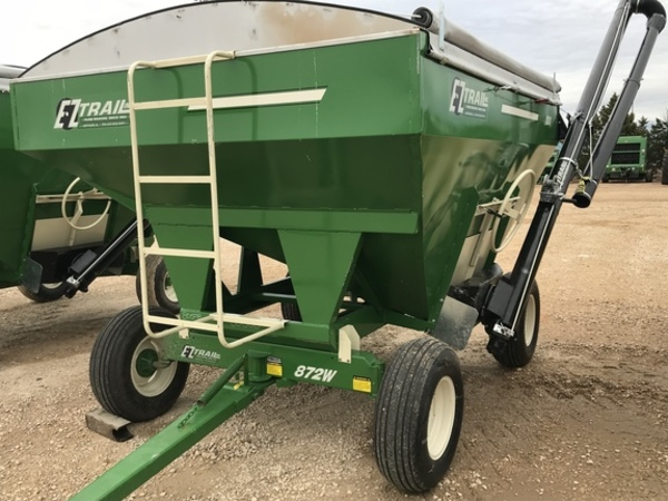 Used E-Z Trail 230 Gravity Wagons for Sale | Machinery Pete