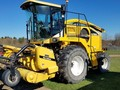 2004 New Holland FX30 Self-Propelled Forage Harvester