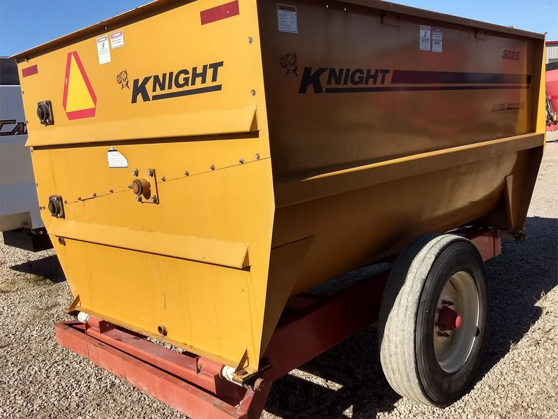 Knight 3025 Grinders and Mixer
