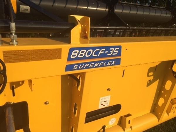 2015 New Holland 880CF-35 Platform