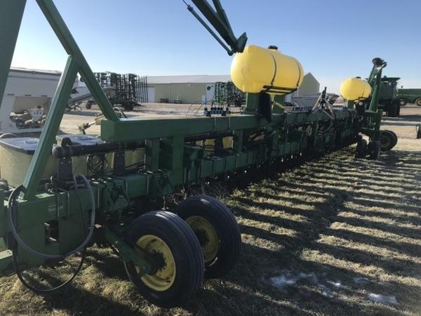 John Deere 7300 Planters For Sale Machinery Pete