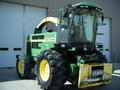 2002 John Deere 6850 Self-Propelled Forage Harvester
