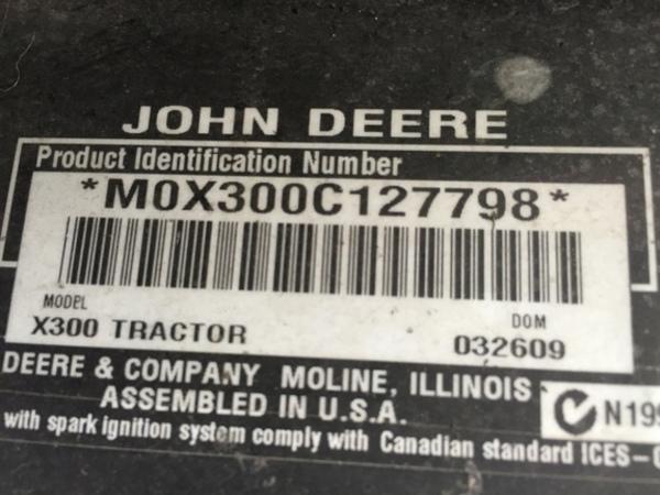 2009 John Deere X300 Lawn and Garden