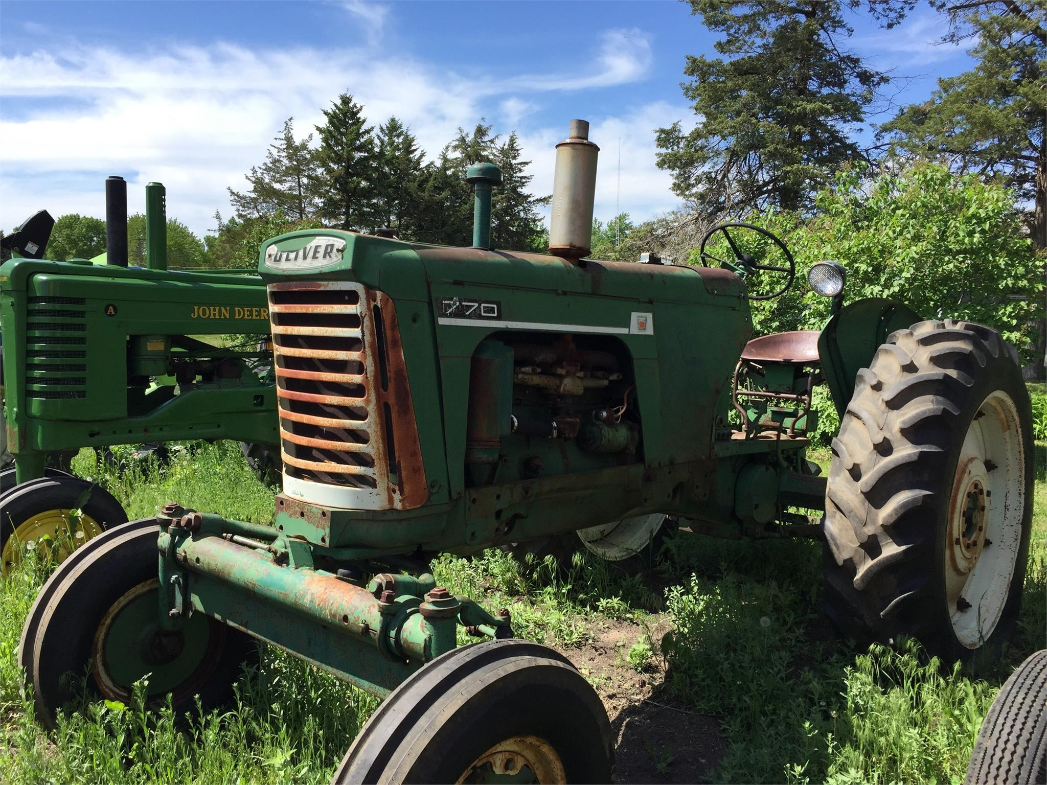 1962 Oliver 770 Tractor