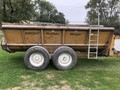 1997 Knight 8024 Manure Spreader