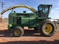 1995 John Deere 6910 Self-Propelled Forage Harvester