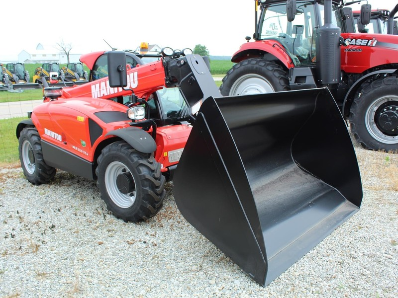 Manitou CBA 1500 Loader and Skid Steer Attachment