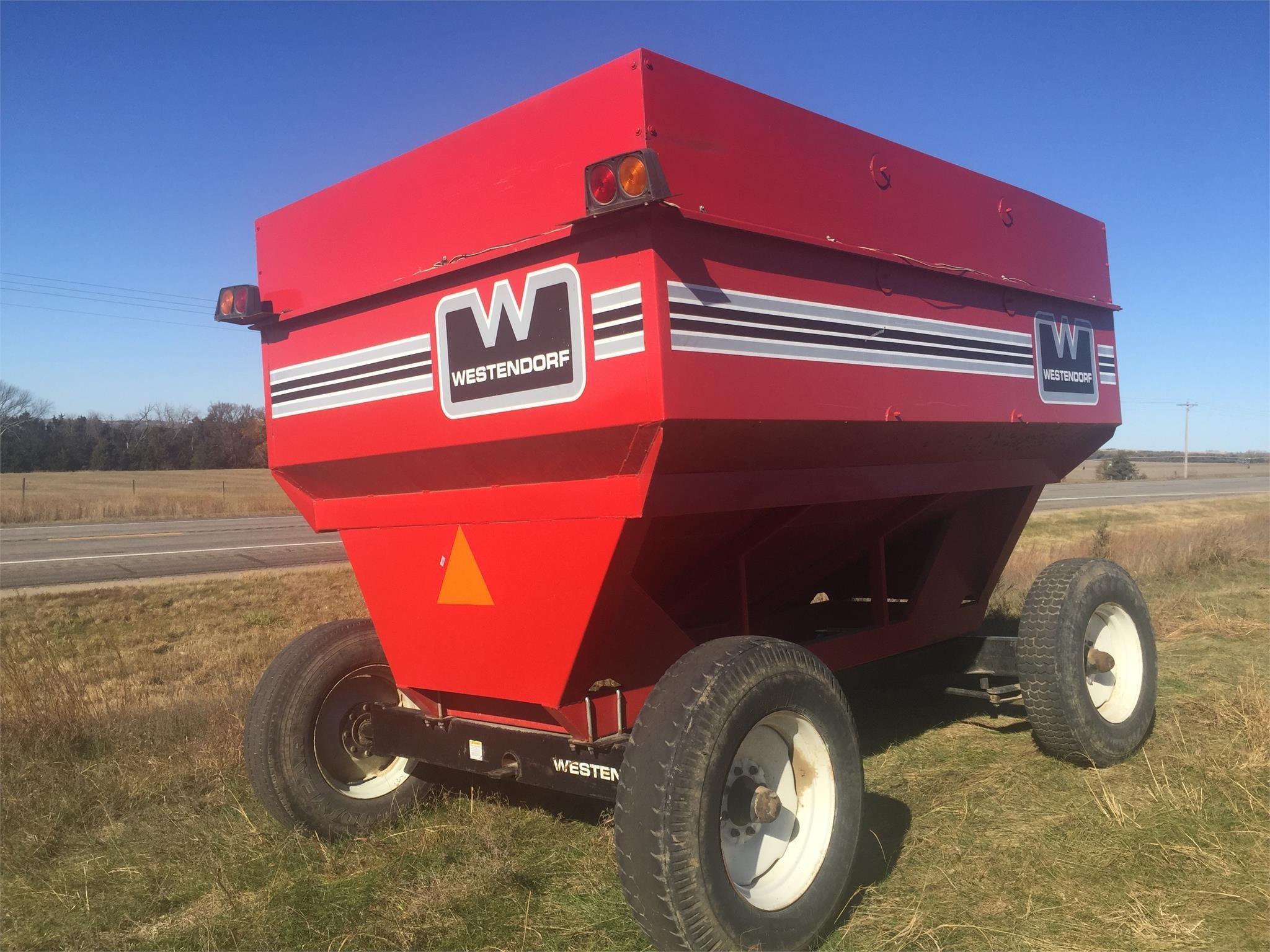 Westendorf WWL425 Gravity Wagon